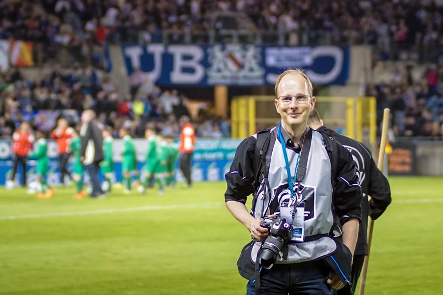 Detlef Johnssen als Fotograf im Stade de la Meinau, Straßburg/Elsass